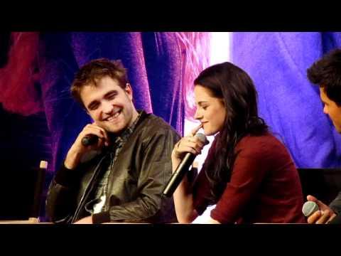 La Breaking Dawn Convention -- Part 6 ('boyfriend Is English' Clip) video
