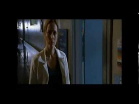 Gillian Anderson - BLOOPERS