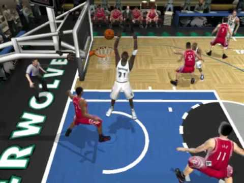 Garnett misses dunk (nba live) Funny!:D Video