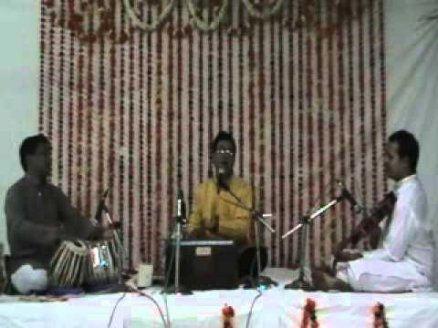 Hrishikesh Gangurde Din Gele Bhajanavin Sare.flv video