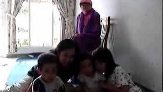 Tante dan 3 Keponakan