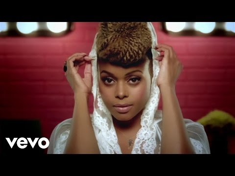 Chrisette Michele - Love Won't Leave Me Out klip izle