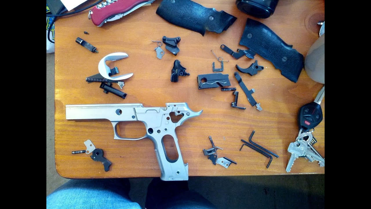 How To 100  Disassemble Sig Sauer P226