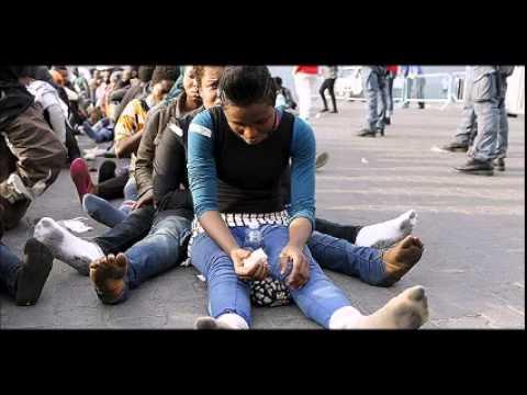 Italy warns EU over refugees as neighbors block crossings