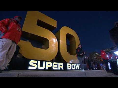 Super Bowl Host Cities Often Lose the Money Game