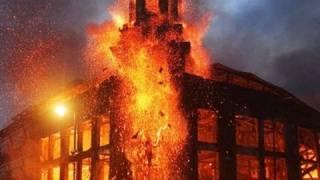 London Riot Video 2011: Britain Burning