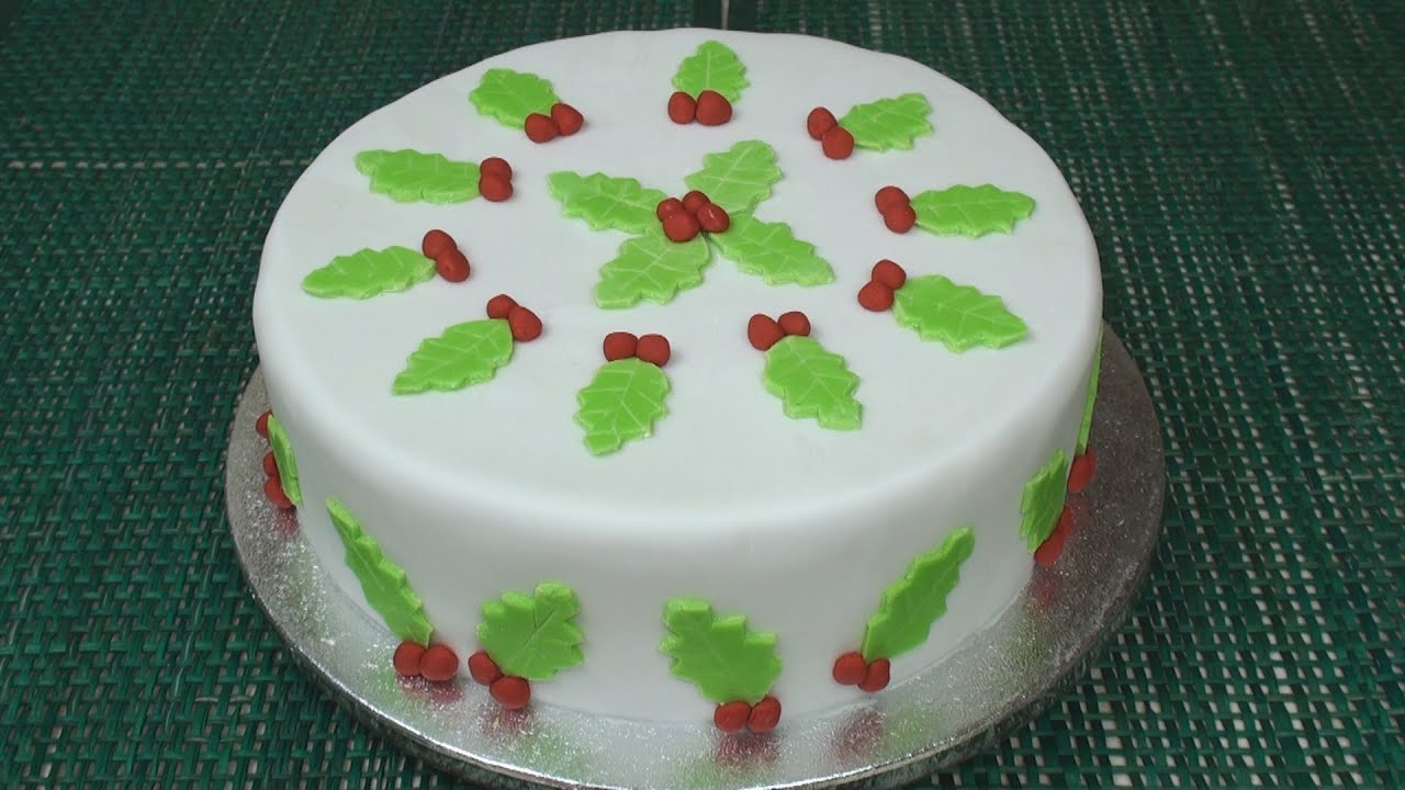 Cake Decorations Out Of Icing : How to Make A Christmas Cake (Part 4 - Icing & Decorating ...