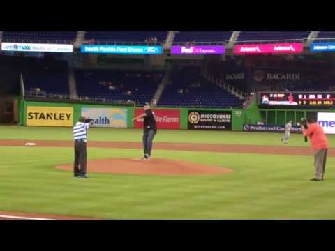 Bill Goldberg First Pitch, Spear, Marlins Tom Koehler At Marlins Park Aug 2013 video