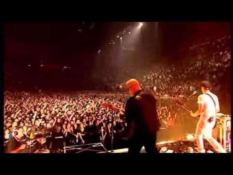 "Placebo Ft. Frank Black ""Where Is My Mind"" [Live in Paris]"