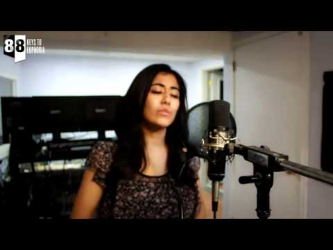 ▶ Tujhko Jo Paaya Candlelight Cover   Aakash Gandhi feat Jonita...