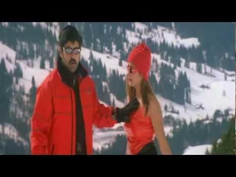 Hot Actress Kiran Rathod Boobs and Fleshy Navel Play