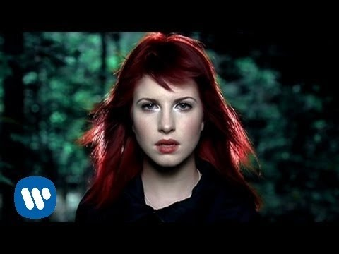 Paramore: Caught In The Middle [OFFICIAL VIDEO]