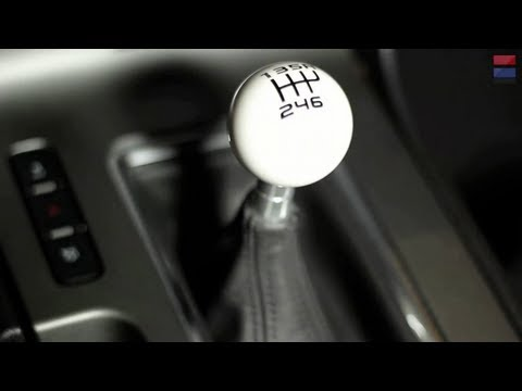 Should You Learn To Drive a Manual Transmission?