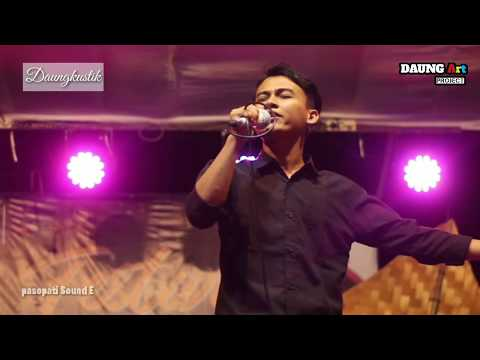 Download Kelangan Terakhir _ James AP daungkustik live pesucen   live Mp4 baru