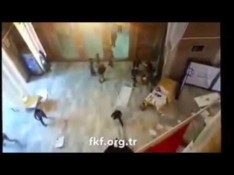 İstanbul Üniversitesi'nde IŞİD saldırısı ve protestosu
