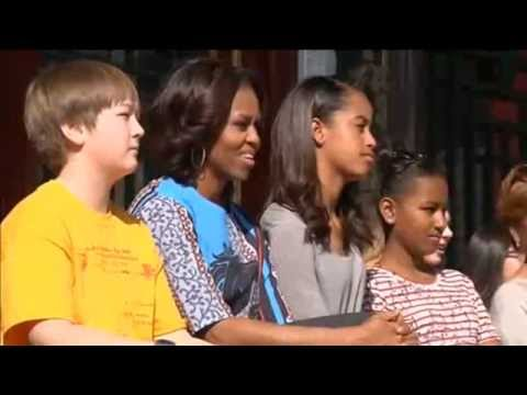 Michelle Obama Gives Advice to Chinese Students