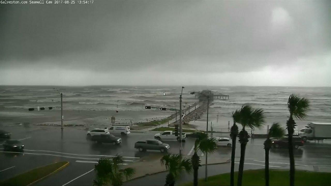 Hurricane Harvey grows to category 4