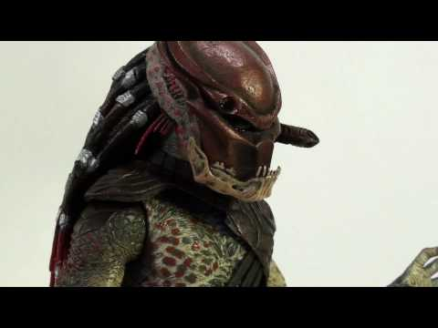 Video Review of the NECA Predators; Berserker Predator