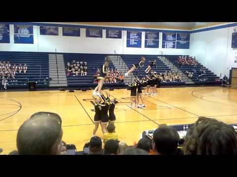 Tucker County High School WVSSAC Region 2 A Cheer