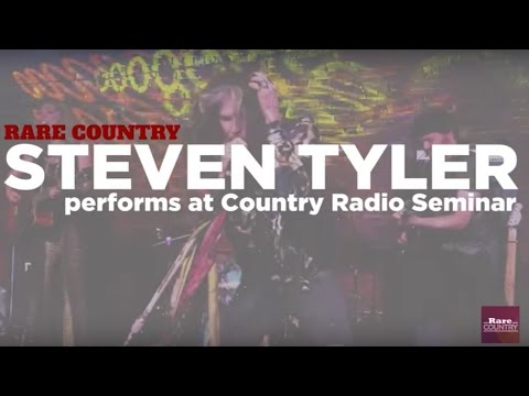 Steven Tyler performs at the Country Radio Seminar | Rare Country