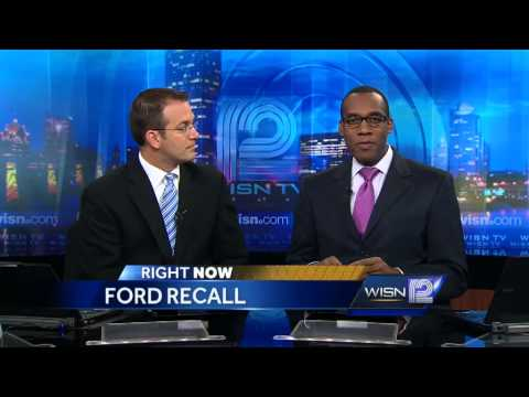 Ford recalls 370,000 cars