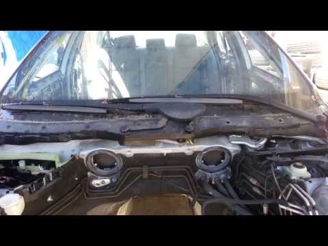bmw windshield wiper blade removal 525i 530i 540i e39