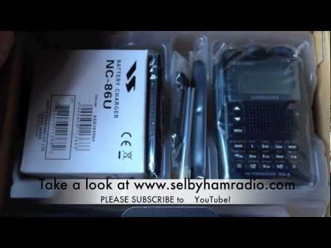 Yaesu VX-8 unboxing