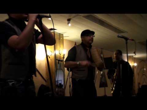 Orquesta La Revelacion - No Lo Beses - Sociales Romo