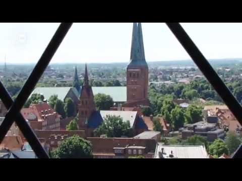 Lübeck - With Two Tourists from Brazil | Discover Germany
