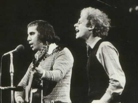 Simon and Garfunkel - Bridge Over Troubled Water (Live 1972)