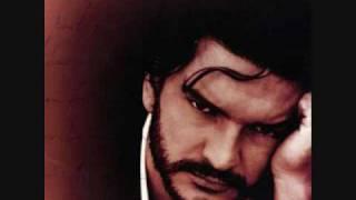 Watch Ricardo Arjona Santo Pecado video