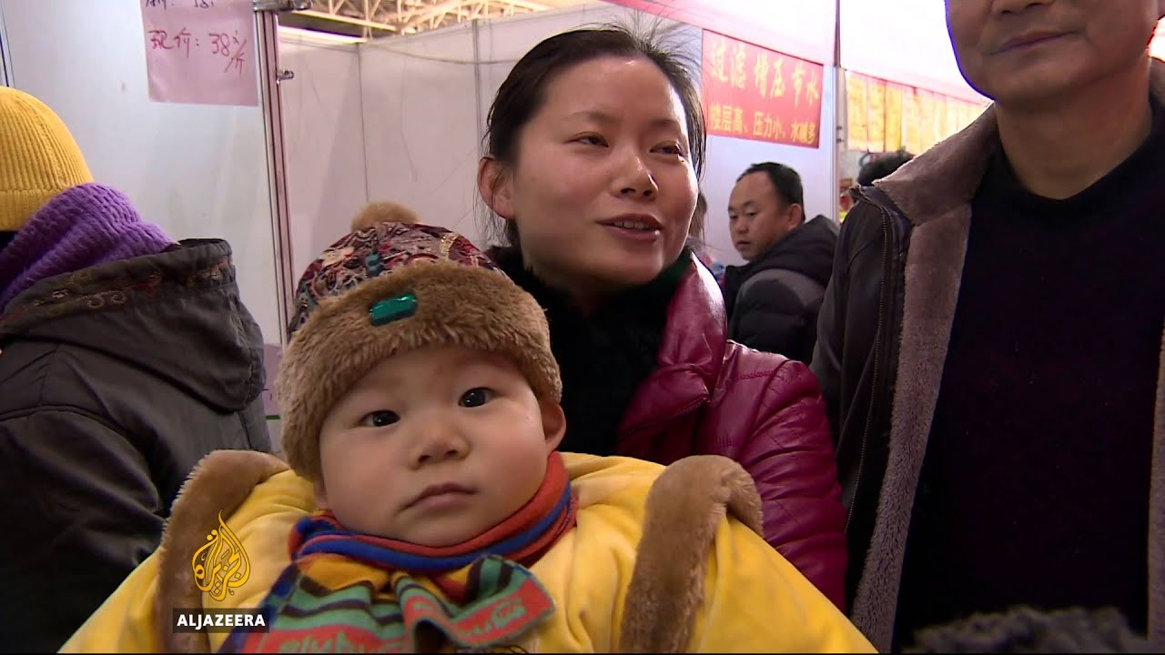 Changing traditions loom over Chinese New Year celebrations