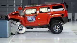 2008 Hummer H3 moderate overlap IIHS crash test