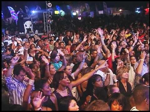 Save A Life (Live Footage from the Shaggy and Friends Concert 2009) - Shaggy & Friends