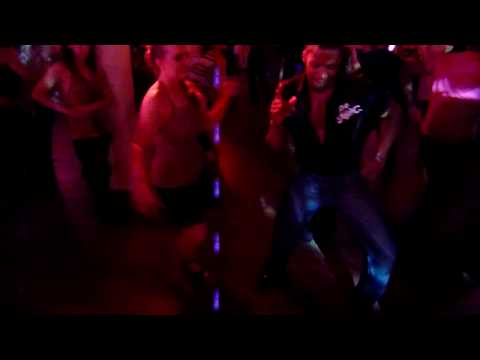 Terry Tauliaut (Salsalianza) & Kathleen Moors (Santo Rico) - salsa social dancing