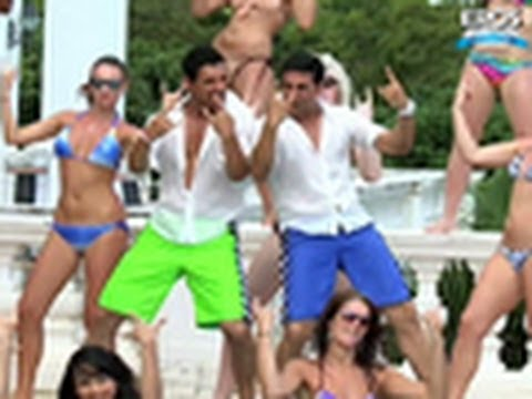 Making Of (Desi Boyz Title Track) | Desi Boyz | Akshay Kumar & John Abraham