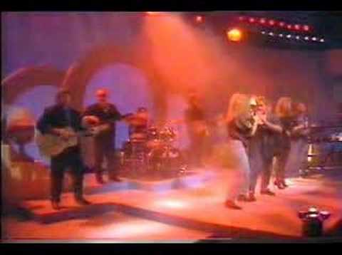 Bucks Fizz - Heart Of Stone (TV Performance)