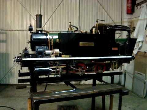 Explicação do funcionamento das locomotivas a vapor.
