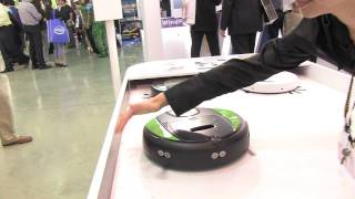COMPUTEX 2011 - MSI Breeds FunRobot Vacuum Army to Clean Up the Competition