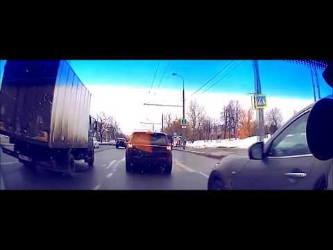 Мгновенная карма Учителя на дороге