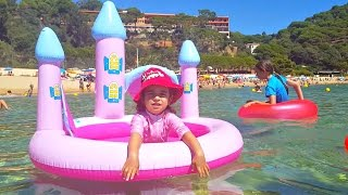 Kids Playing in the water -Inflatable Water Princess Castle pool