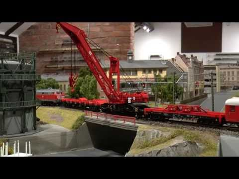 Märklin Goliath Crane in operation @ the Kleiner Moos Bahn [Märklin 49952 & 49953]