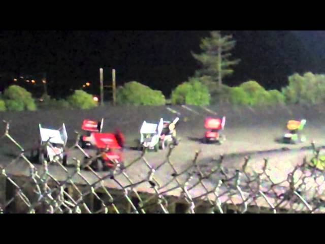 410 sprint cars @ petaluma speedway king of the west, roll over