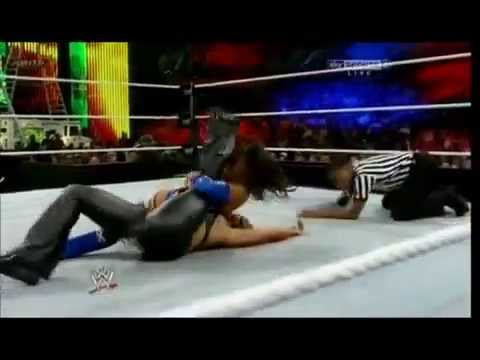 Layla and Tamina Snuka Combo - Savate Kick + Layout Image 1