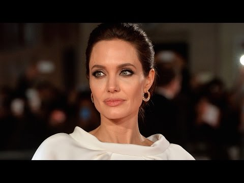 Is Angelina Jolie's Ovary Removal Smart or Extreme?