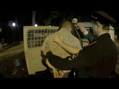ДК 110 - Пьяный подполковник МВД напал на активиста ДК.