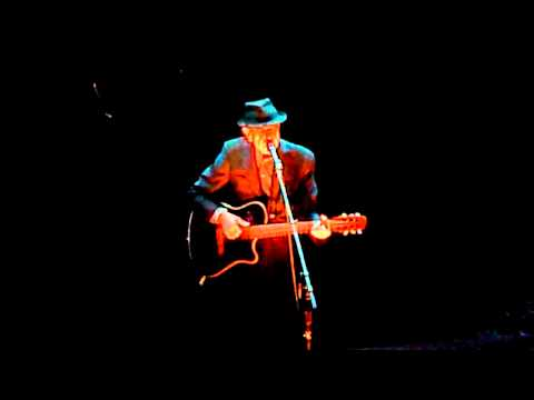 Suzanne live by Leonard Cohen at Radio City Music Hall
