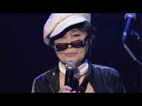 Yoko Ono Plastic Ono Band (with Antony Hegarty) - I'm Going Away Smiling (live)