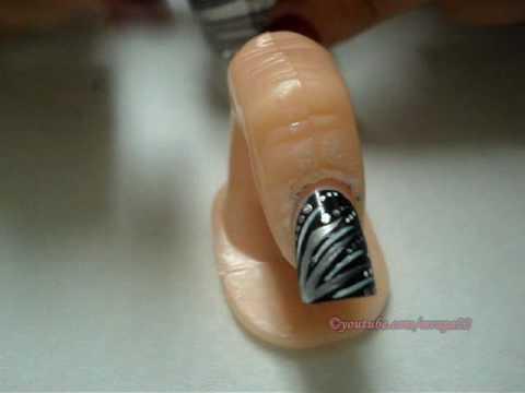 Diseño de uñas Plateado y negro (peticion de McPeny)