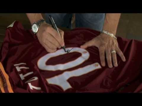 Pesan dari Francesco Totti, Rudi Garcia, dan Italo Zanzi.